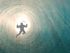 Теория биоцентризма Роберта Ланца предлагает вечное путешествие души.
