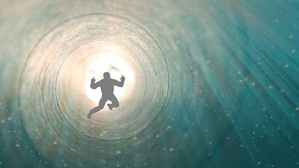 Теория биоцентризма Роберта Ланца предлагает путешествие души по бесчисленному количеству миров.