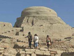 Древний город Мохенджо-Даро был уничтожен ядерной атакой.